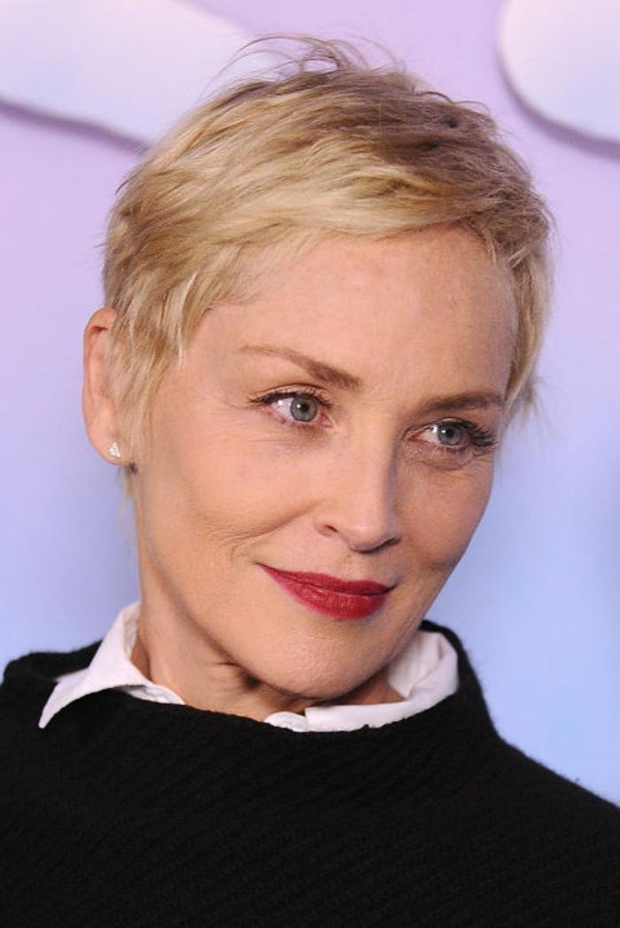 Liste : Les +20 belles idées de rajeunissent coiffure coupe de cheveux femme 50 ans - LiloBijoux ...