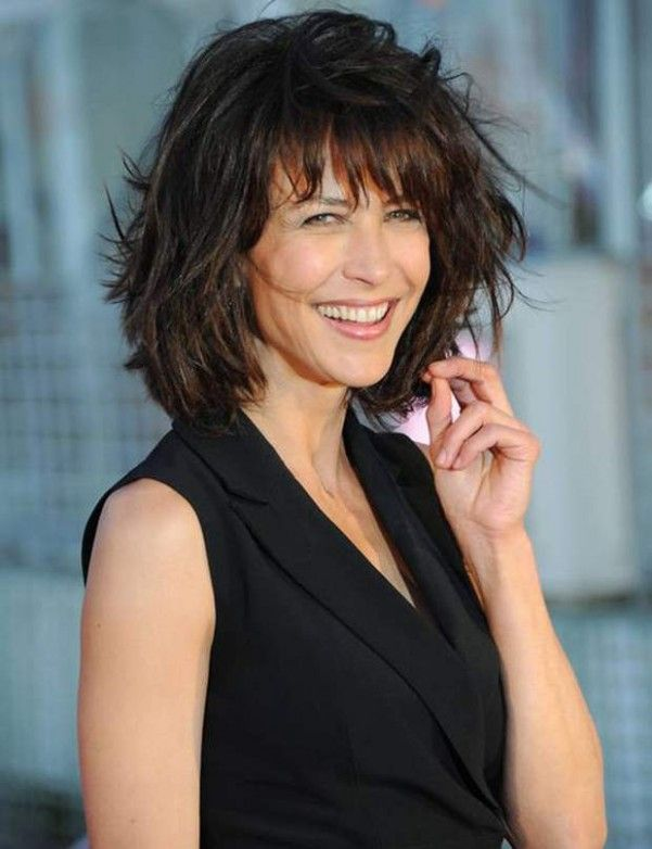 gallérie : Les +20 meilleures photos de coiffure mi long femme 2020 - LiloBijoux - Bijoux ...