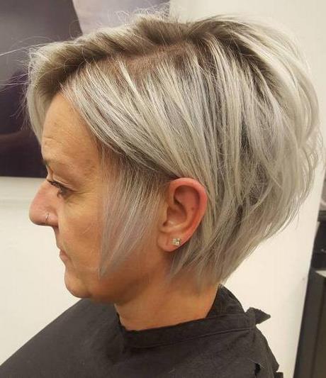 gallérie : Les +20 top photos de coiffure 50 ans femme 2020 - LiloBijoux - Bijoux Fantasie ...