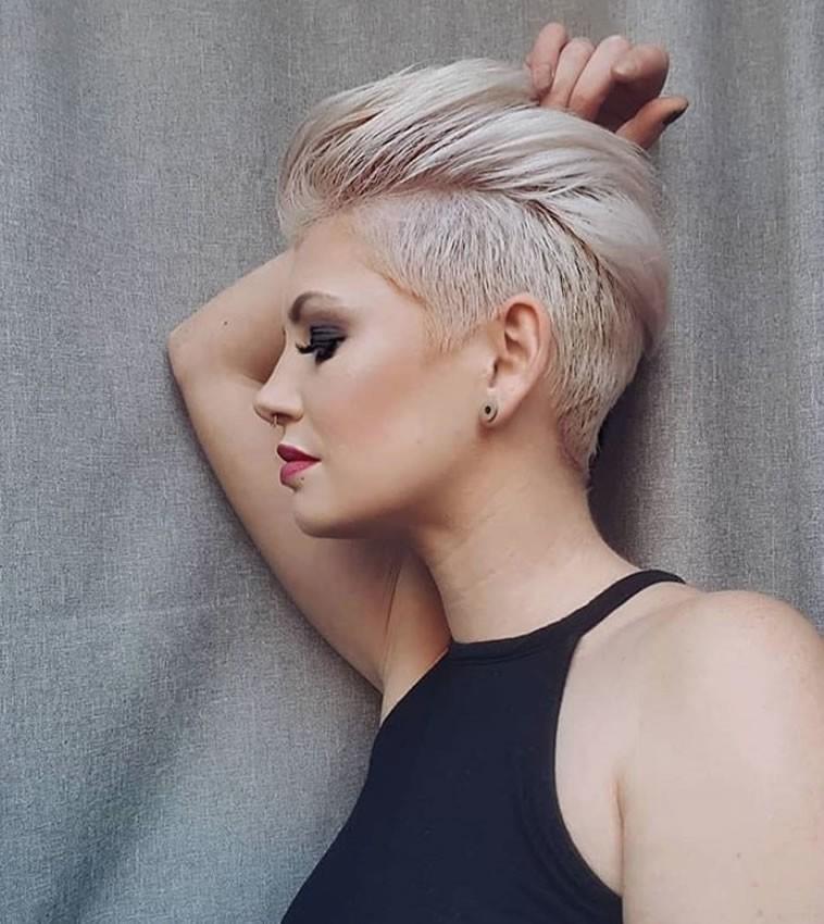 Coiffure Femme 2020 Cheveux Courts | Coiffures Cheveux Longs