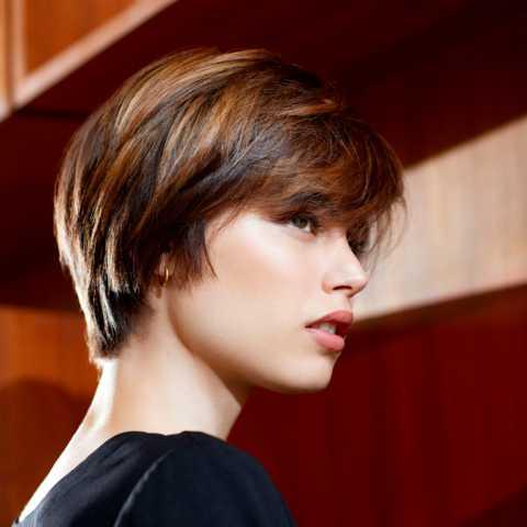 Liste : Les +20 meilleures idées de coiffure boule femme - LiloBijoux - Bijoux Fantasie ...