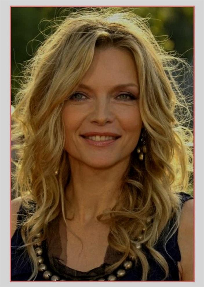 Liste : Les +20 top images de coiffure femme 50 ans mi long 2020 - LiloBijoux - Bijoux Fantasie ...