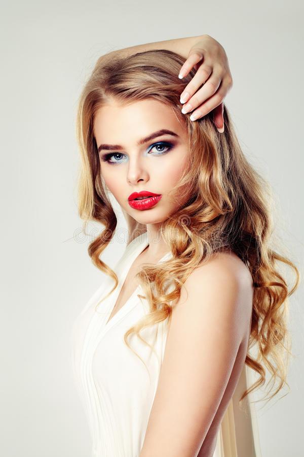 Album : Les +20 top photos de mannequin femme coiffure - LiloBijoux - Bijoux Fantasie tendances ...